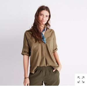 Courier button back shirt, S